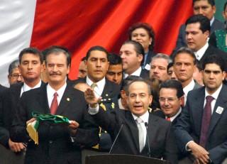 <b>Felipe Calderón, balance del primer año</b>