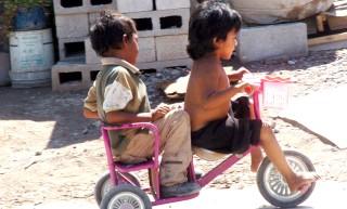 La omisión de cuidados pone en peligro a niños