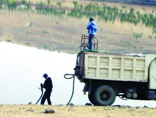Escasea el agua en dos poblados del municipio de Durango