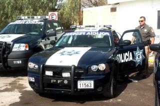 Oferta SSP vacantes para policía en feria del empleo