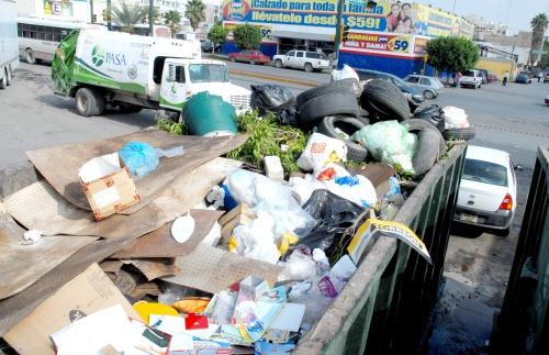 Contenedores de basura son 'focos de infección'