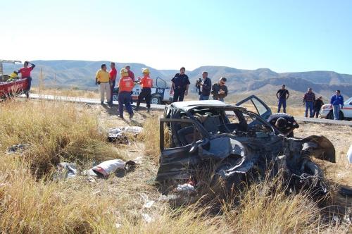 Carreterazo deja dos mujeres muertas