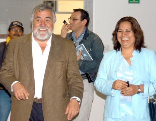 Acepta Hortensia Aragón la Secretaría General del PRD