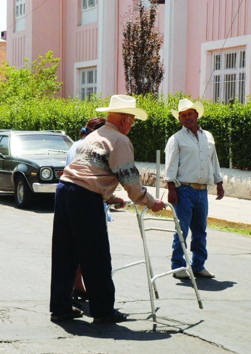 Hoy pagan aguinaldos a jubilados y pensionados
