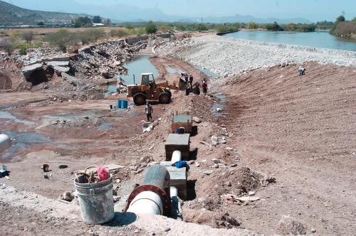 Se sale el agua for Mampara fija se sale el agua