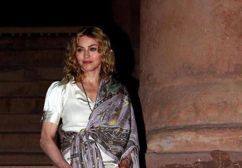 Defiende Madonna a duquesa de Windsor