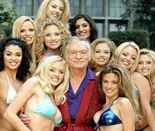 Maestra posa para Playboy... y la despiden