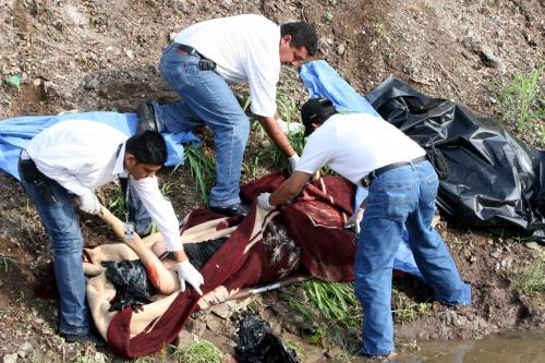 Hallan a una mujer asesinada en Culiacán
