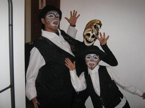 Erón Vargas debuta en teatro con espectáculo