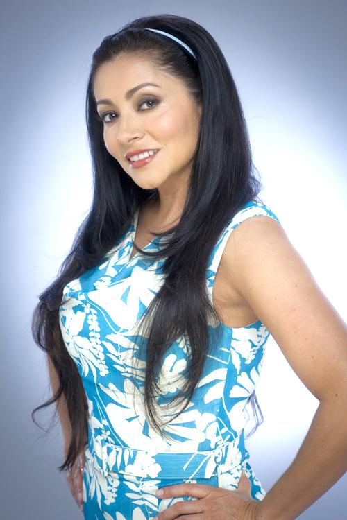 Alejandra mexicana le habla su mama pero no deja de coger - 1 part 1