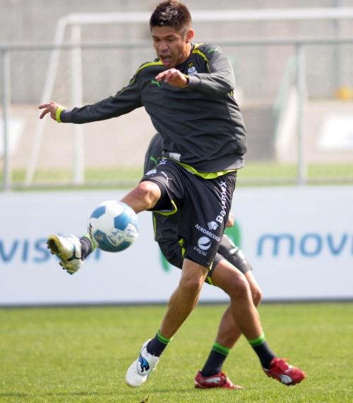 Oribe Peralta, sorprendido por ganar el Balón de Oro