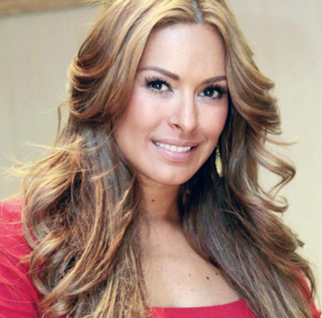 Galilea Montijo se pelea con la conductora Laura Bozzo