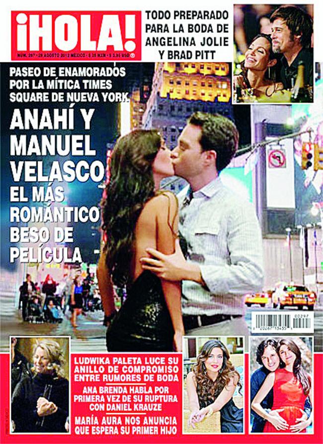 Roban Fotografía De Anahí Y La Publican