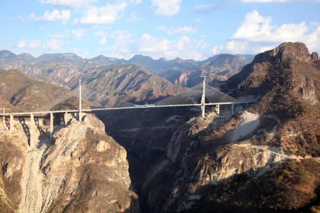 Tiene súper carretera Durango-Mazatlán avance de 97%
