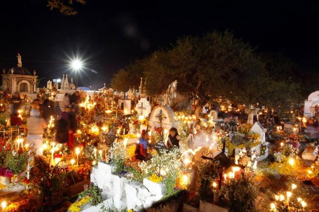 D a de muertos en puebla for Noticias del espectaculo mexicano del dia de hoy