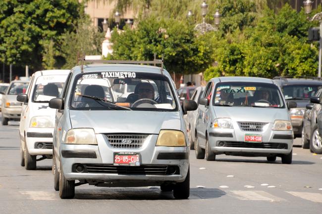 En renta 70 por ciento de los taxis de Torreón