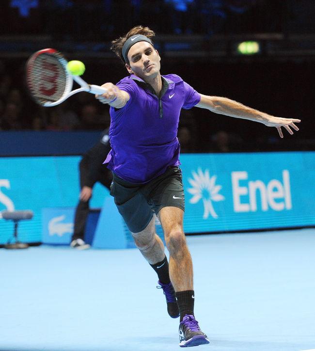 Djokovic y Federer a la final de Maestros
