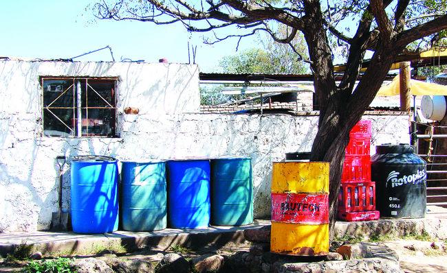 Sin agua potable 210 mil personas