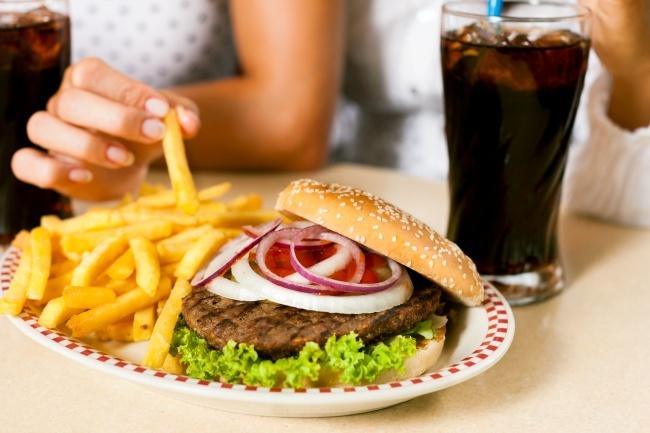 Algunas causas de comer compulsivamente