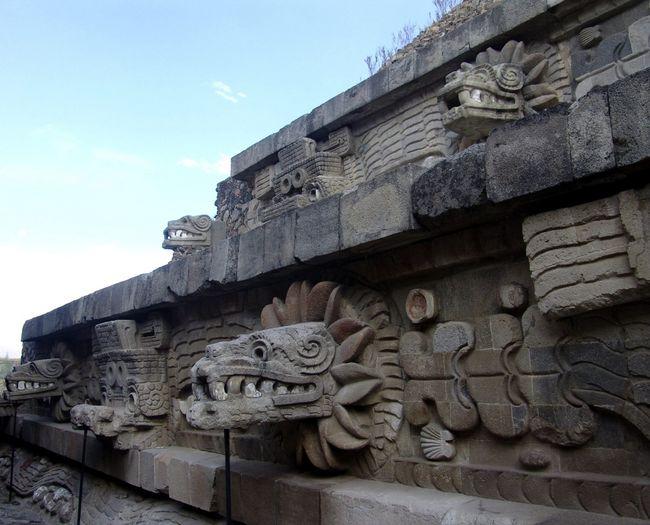 150 craneos humanos son hallados en Teotihuacan
