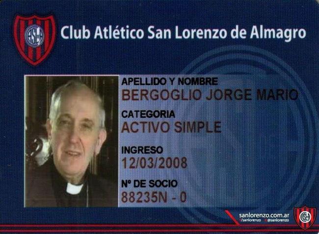 Papa fan del futbol y del San Lorenzo