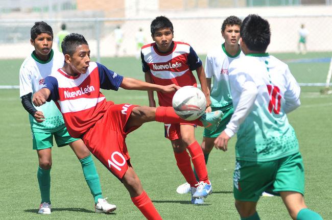 Nuevo León arrasa en eliminatoria regional
