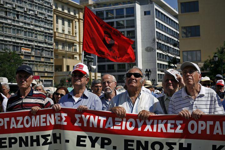 FMI admite fallas en rescate griego
