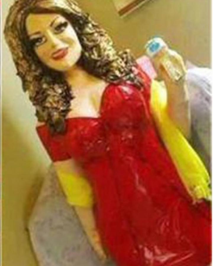 Indignan piñatas de Jenni Rivera