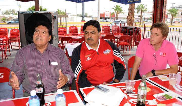 Firman convenio El Calor y Gómez Palacio