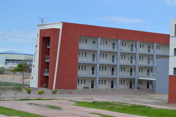 Por conflicto, UAD mueve su campus