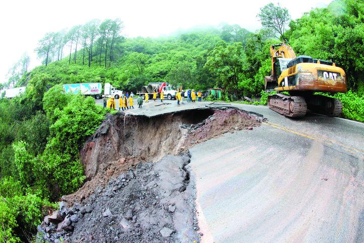 Reabren la carretera Durango-Mazatlán