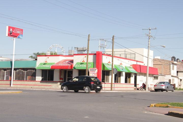 Asaltan 2 restaurantes y a clientes en Torreón