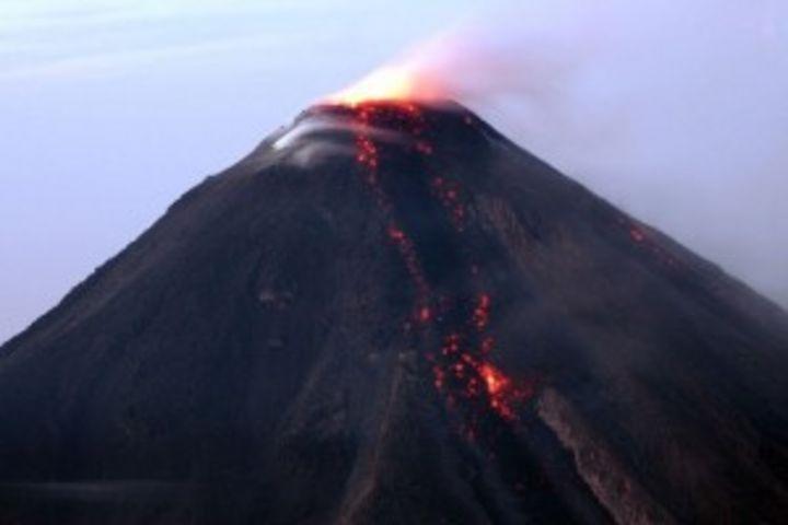 Se reactiva volcán de Colima