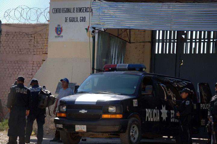 Advierten descontrol en penales del país