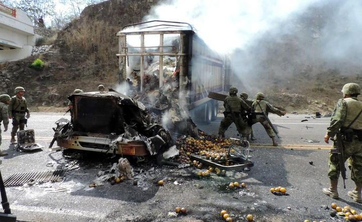Consignan a Cefereso a sujeto por incendio de farmacia en Apatzingán