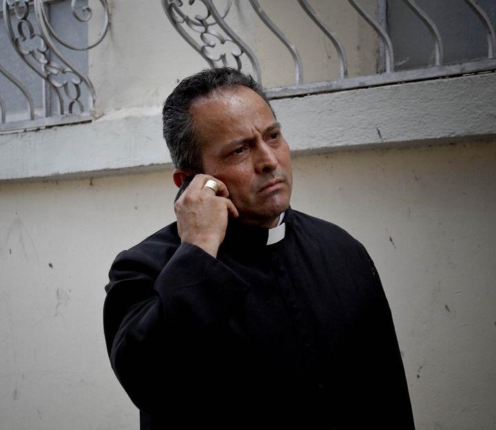 Ejército impidió ataque en mi contra: sacerdote