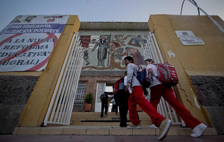 Reanudan clases 48 mil alumnos