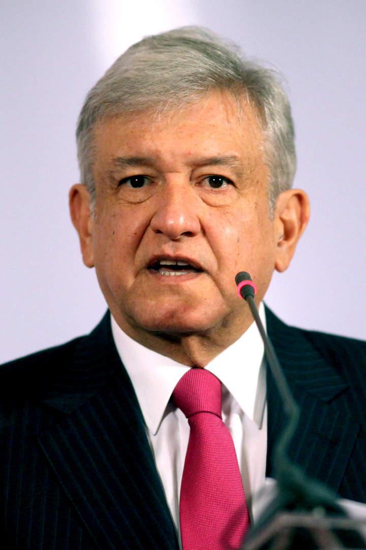 AMLO presentará hoy denuncia contra Peña Nieto