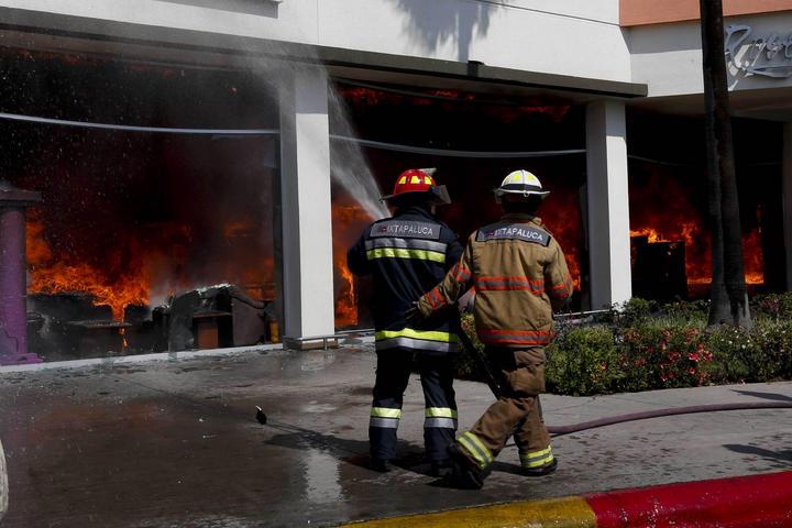 Incendio de Ixtapaluca controlado en un 95%