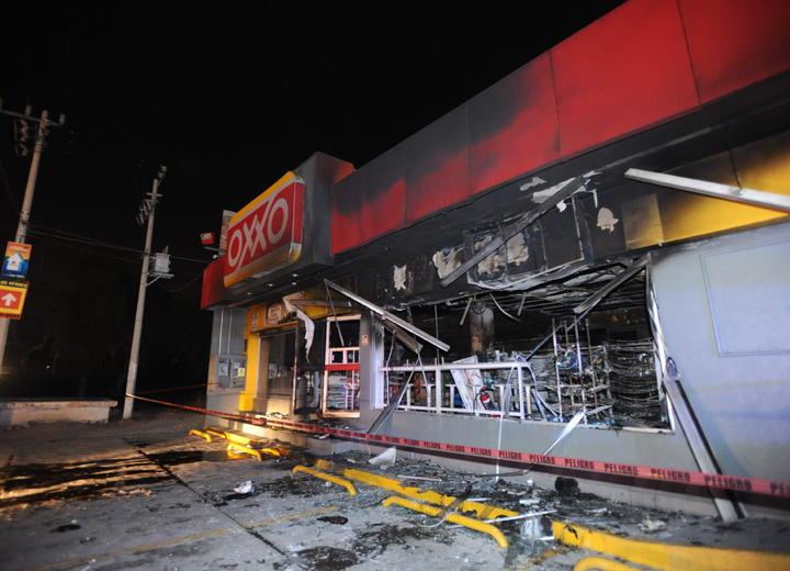 Caen 19 por ataques a locales comerciales