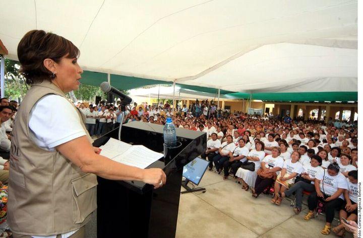 Defiende Robles reformas