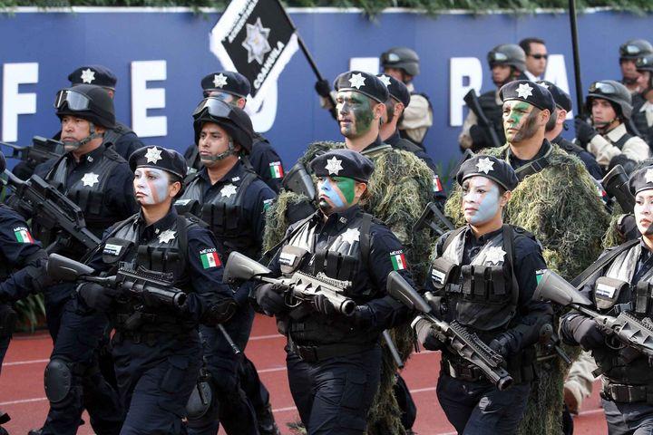 Detienen a hombre relacionado con el narco y buscado por EU