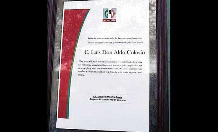 PRI de Veracruz se equivoca y homenajea a