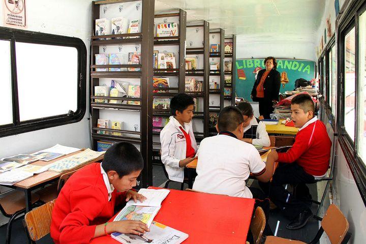 INEE prevé más riesgos en la asignación de plazas docentes