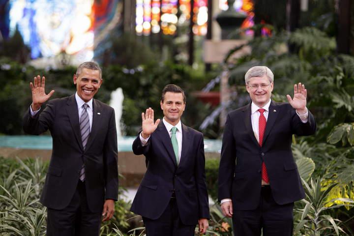 EPN, Obama y Harper se toman la foto oficial