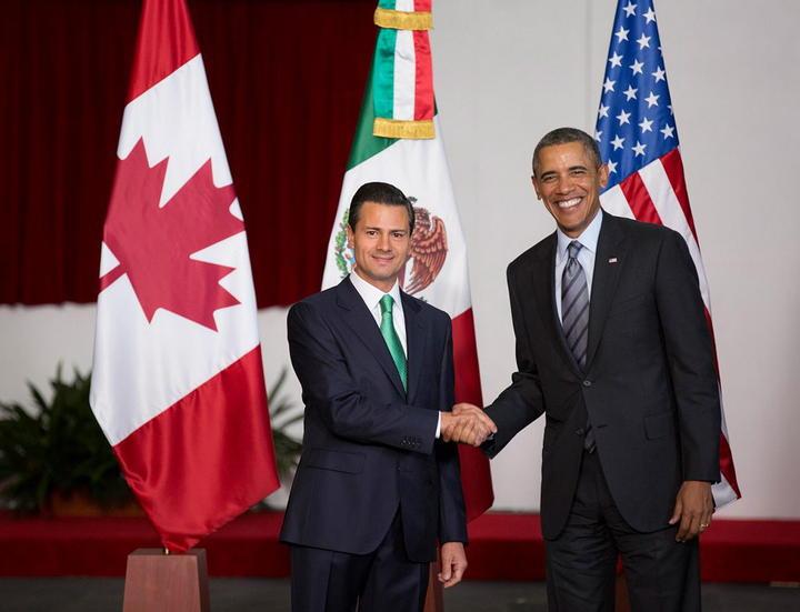 Obama felicita a Peña Nieto por sus reformas
