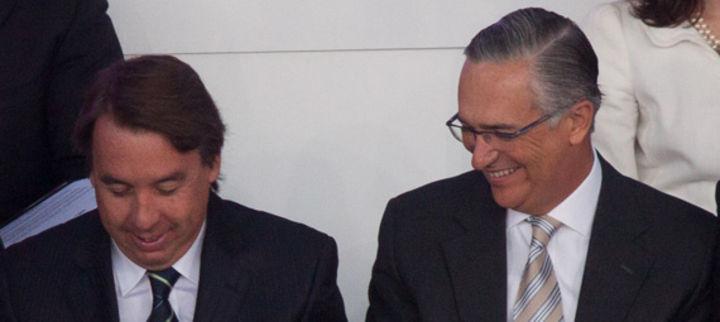 Gana duopolio en TV contratos con Hacienda