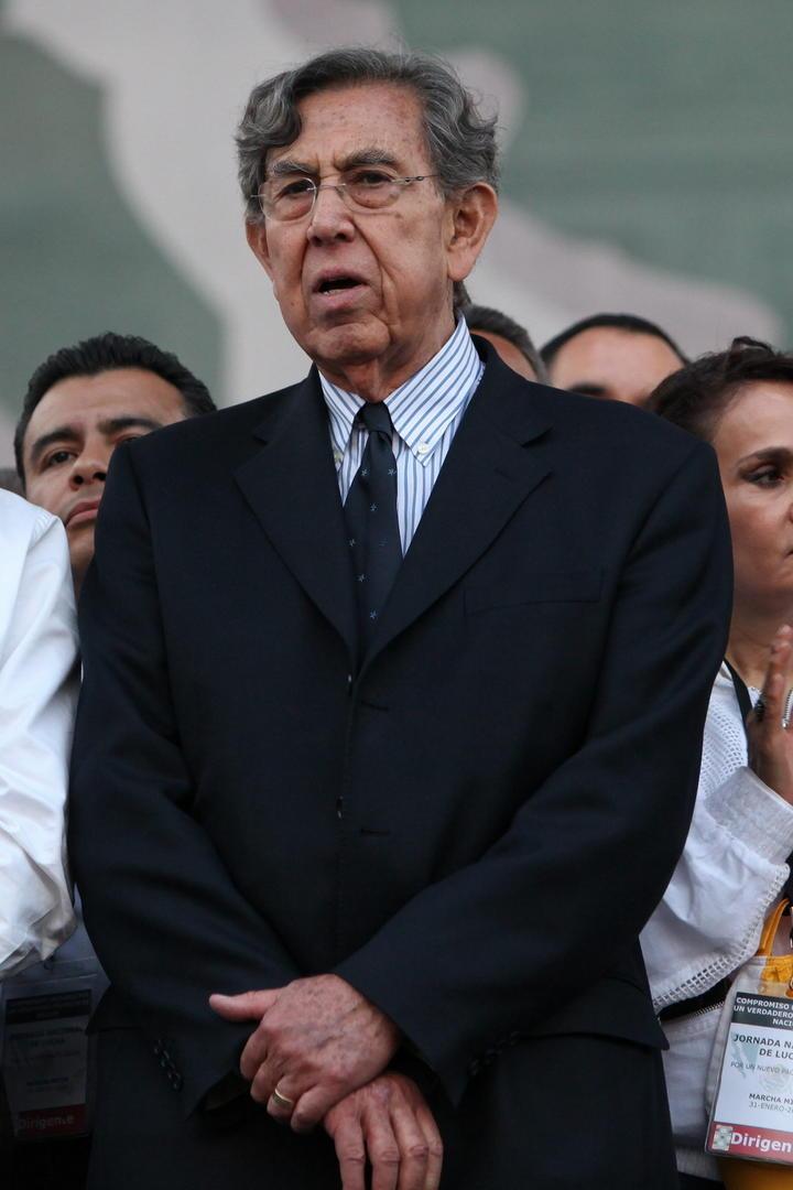 Piden a Cuauhtémoc Cárdenas que busque dirigencia del PRD