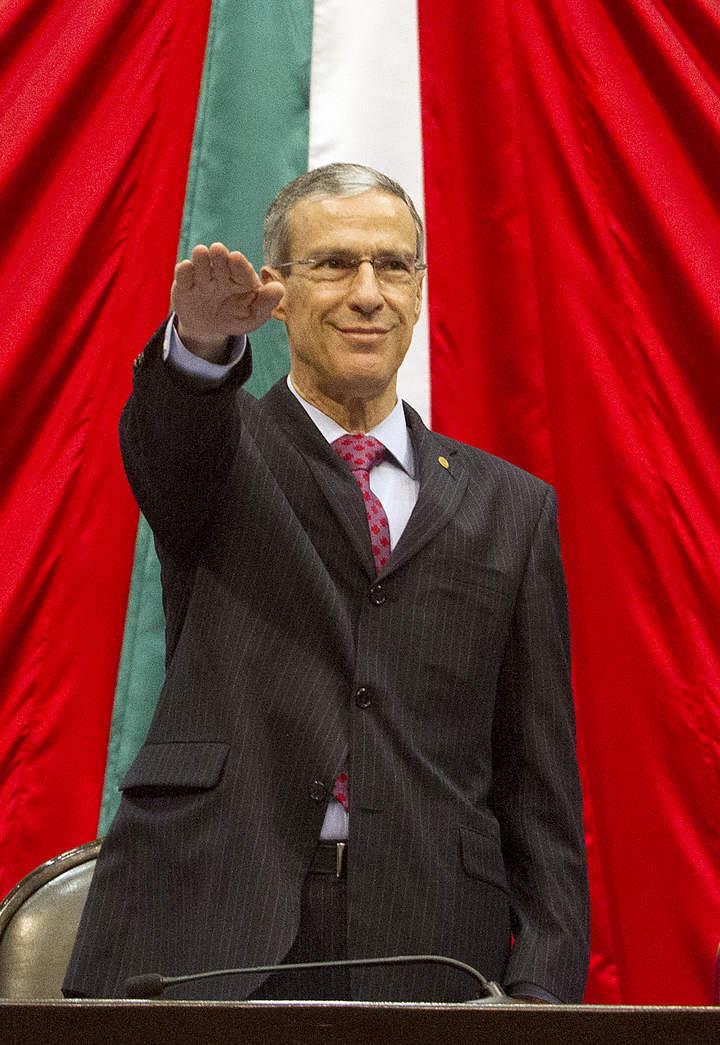 González Morfín asume presidencia de Cámara de Diputados