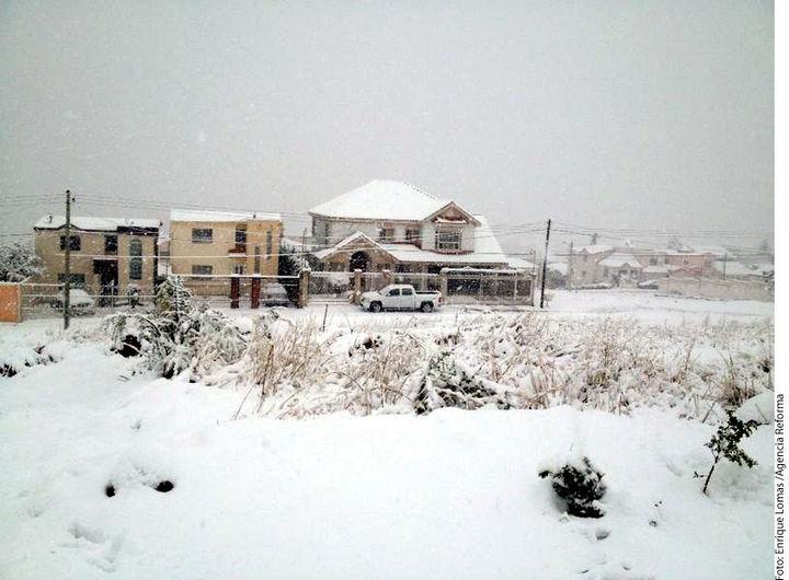 Sorprende nieve en zonas de Chihuahua